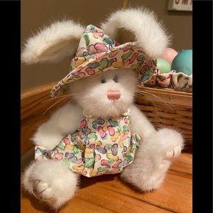 Boyd Bear /Longaberger Easter bunny. Adorable!